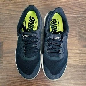 Nike Shoes - Swarovski Bling Nike Free 4.0 Black Silver 82e2426699
